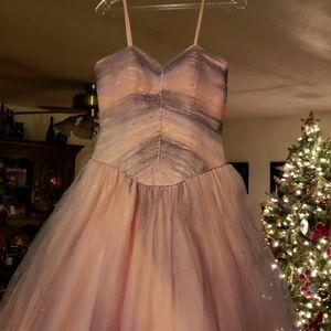 Dresses & Skirts - Freshman prom dress